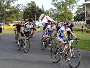 Tour de Woodford