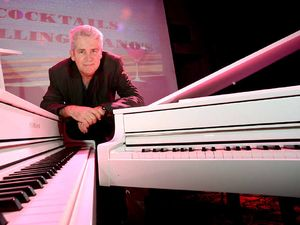 Duelling pianos wins over nightclub goers