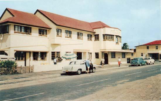 Mooloolaba Hotel, Mooloolaba Esplanade 1962 Photo Courtesy of Sunshine Coast Council's Heritage Library, Picture Sunshine Coast Collection