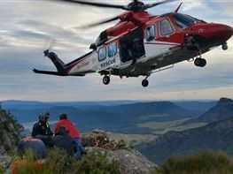 Rescue chopper airlifts Mt Barney walkers