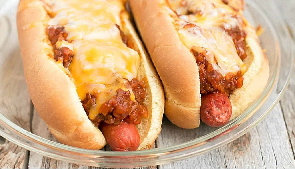 Warm up in the chilly weather with these spicy chilli dogs.