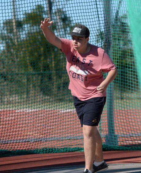 Tom Massingham competes in the discus.