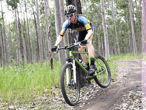 Bom Bom Mountain Bike Racing