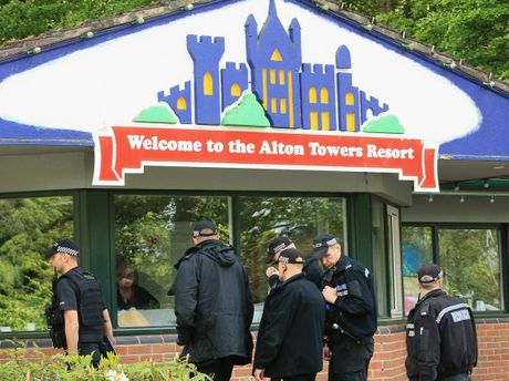 Shares in Merlin Entertainments, the owner of Alton Towers, have fallen four percent in a week on reports that it was losing almost AUD$1 million a day while the park was shut