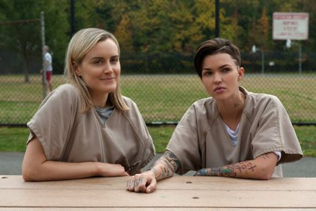 Taylor Schilling and Ruby Rose in a scene from Orange is the New Black season three.