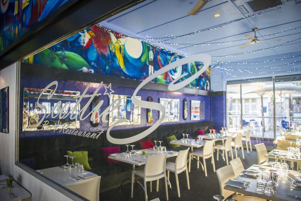 Scotties Bar & Restaurant, Gladstone.