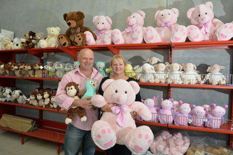 Chris and Toni Nightingale run their business Mr. Teddy online. Photo: Warren Lynam / Sunshine Coast Daily