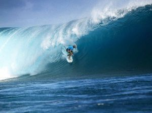 Owen Wright breaks records in Fiji