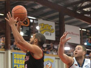Rockhampton Rockets lose games both on the road