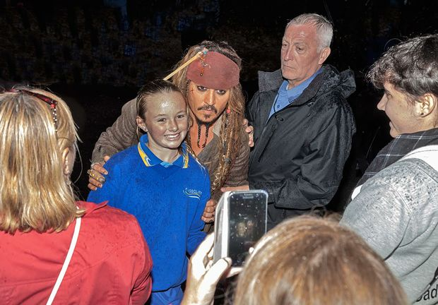 Actor Johnny Depp was in full character as Captain Jack Sparrow when he met fans last night at Hastings Point. Photo courtesy of: John Van-Den-Broeke.