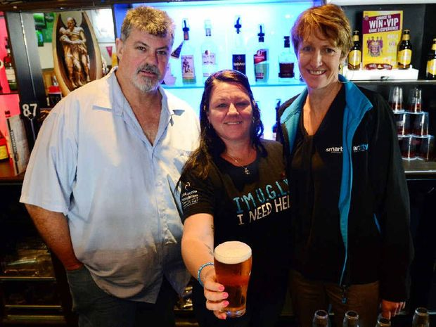 Stephen Millar and Eve Clark from the Allenstown Hotel with Maddie Whaitiri from Smart City Vocational Training at the Allenstown Hotel. Photo Rachael Conaghan/The Morning Bulletin