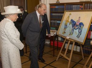 Queen gives German President's painting brutal review