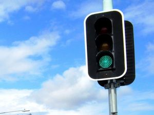 Traffic lights out at Berserker and Elphinstone intersection