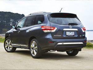 Nissan Pathfinder Hybrid ST road test