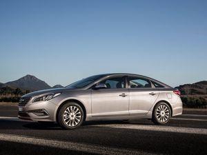 Hyundai Sonata Active and Premium road test