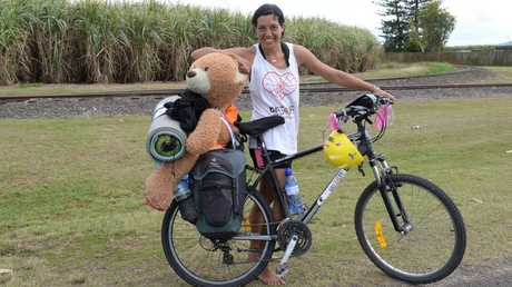 BAREFOOT CYCLIST: Adeena Gerding is passing through Bundaberg on her journey from Sydney to Cairns raising money along the way. Photo: Paul Donaldson / NewsMail