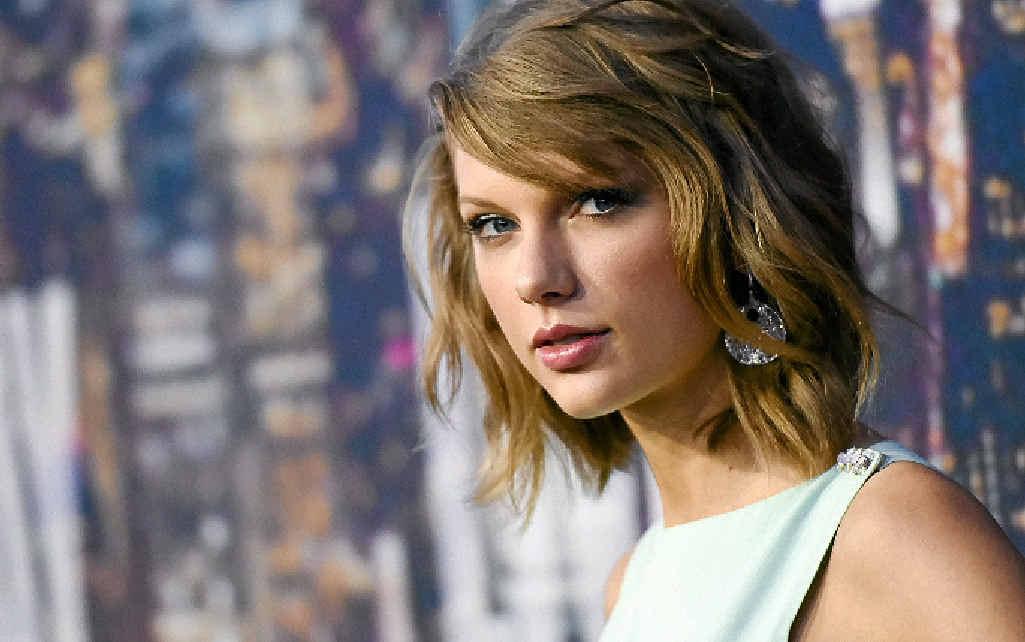 Treasurer Scott Morrison channels Taylor Swift.