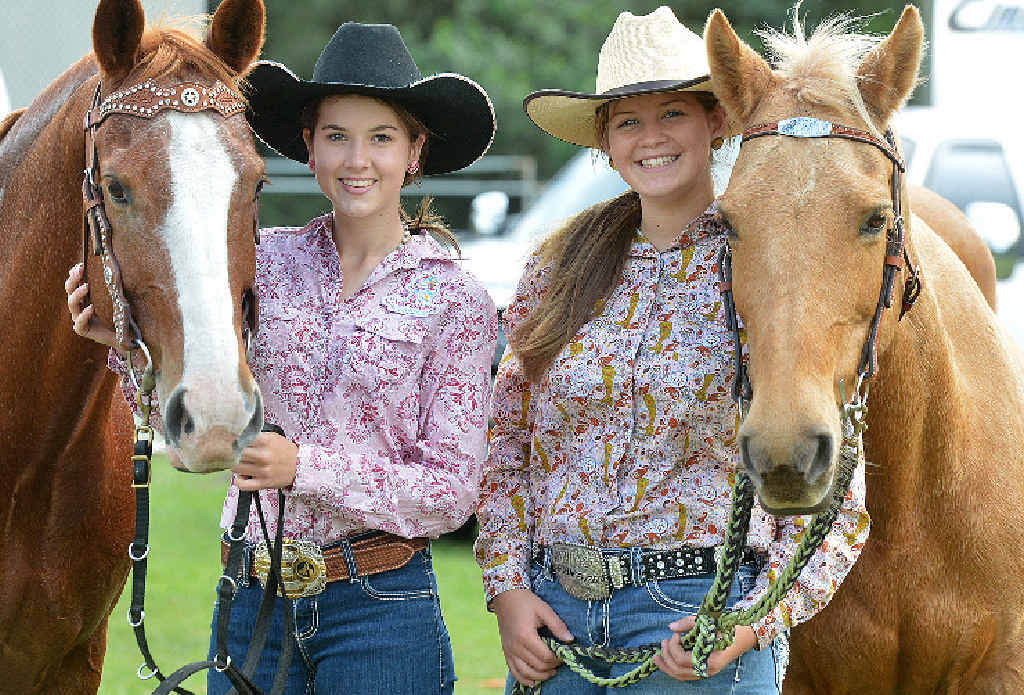 TALENTED COWGIRLS: Tayla Bright and Jaylee Friske.