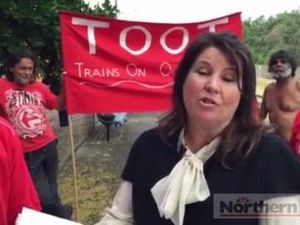 TOOT Petition handed to Ballina MP