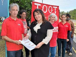 TOOT collects 3500 signatures to push for return of rail