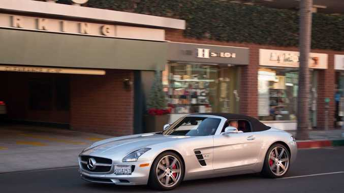 DREAM DRIVE: 2013 Mercedes-Benz SLS AMG Roadster spotted.