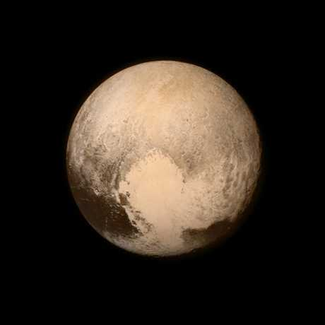 Pluto nearly fills the frame in this image from the Long Range Reconnaissance Imager (LORRI) aboard NASA' s New Horizons spacecraft