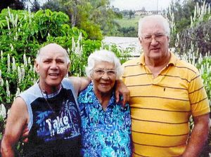 Generous Mavis died penniless but lived rich in love & song