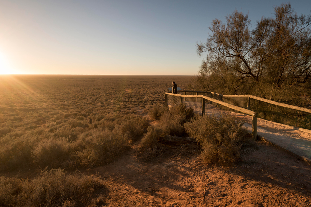 Mungo lookout in Mungo National Park. Photo NSW Government