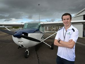 Lachlan Smart will attempt to fly around the world by himself.