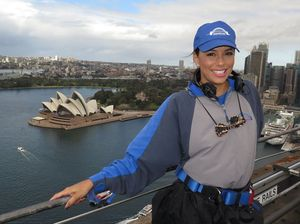 Eva Longoria thanks mystery fans for Sydney meal