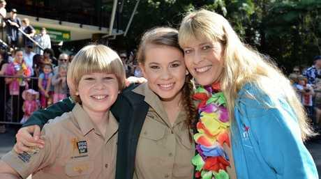 Robert, Bindi and Terri Irwin. Bindi Irwin's big 17th birthday at Australia Zoo. July 24, 2015. Photo Patrick Woods / Sunshine Coast Daily