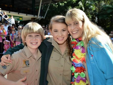 Robert, Bindi and Terri Irwin. Bindi Irwin's big 17th birthday at Australia Zoo. July 24, 2015. Photo Patrick Woods / Sunshine Coast Daily