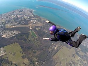 Skydiving helps save gay woman from depression