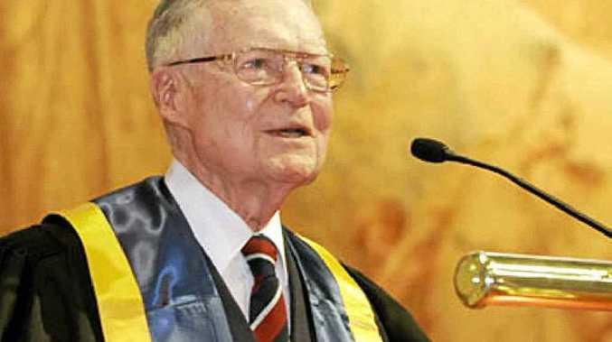 Professor Edward McWhinney, 1924-2015
