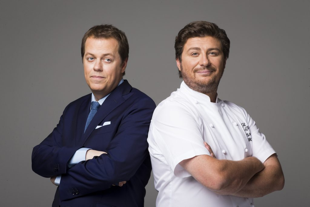 British restaurant critic Tom Parker Bowles and chef Scott Pickett host the TV series The Hotplate.