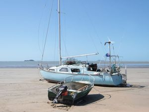 Keppel Sands beached boat