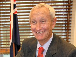 Bruce Scott to resign as Maranoa MP after 25 years