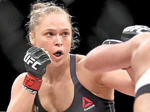 Rousey makes good on win for hero, Roddy Piper