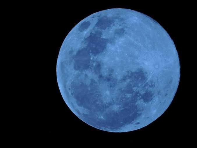 Blue moon, July 31, 2015.