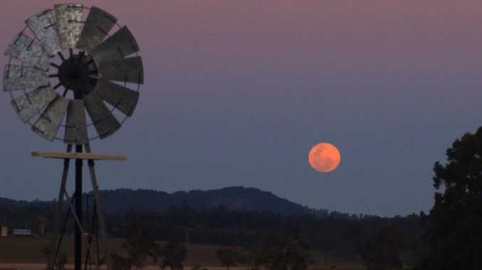 This was my view of the blue moon on the weekend, from Fairy Hill.