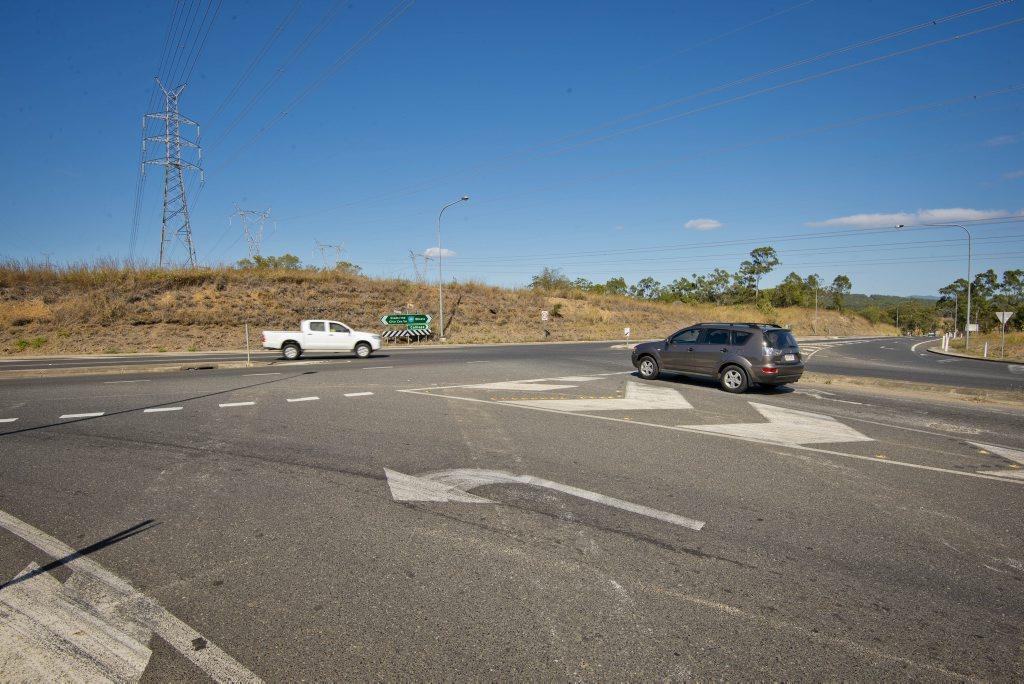 Five of the 'Worst Intersections' in Gladstone. T-Junctions, Traffic Lights and Roundabouts. Photo Paul Braven / The Observer