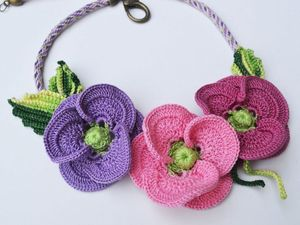 Learn to crochet a poppy at library workshop