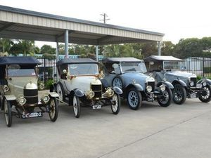 Vintage and Veteran Car Club on show