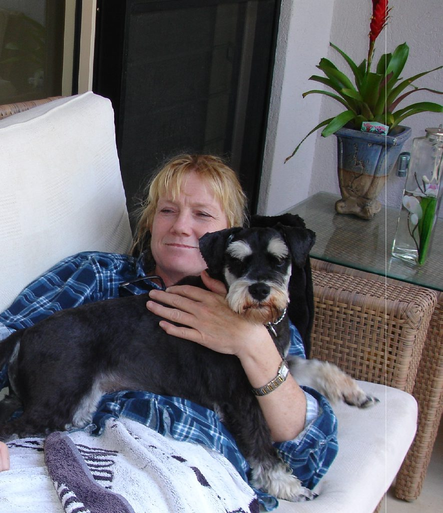 The family of former Nambour General Hospital medical services executive director Dr Karen Mahlo is calling on the Attorney-General to launch a murder investigation into her death.