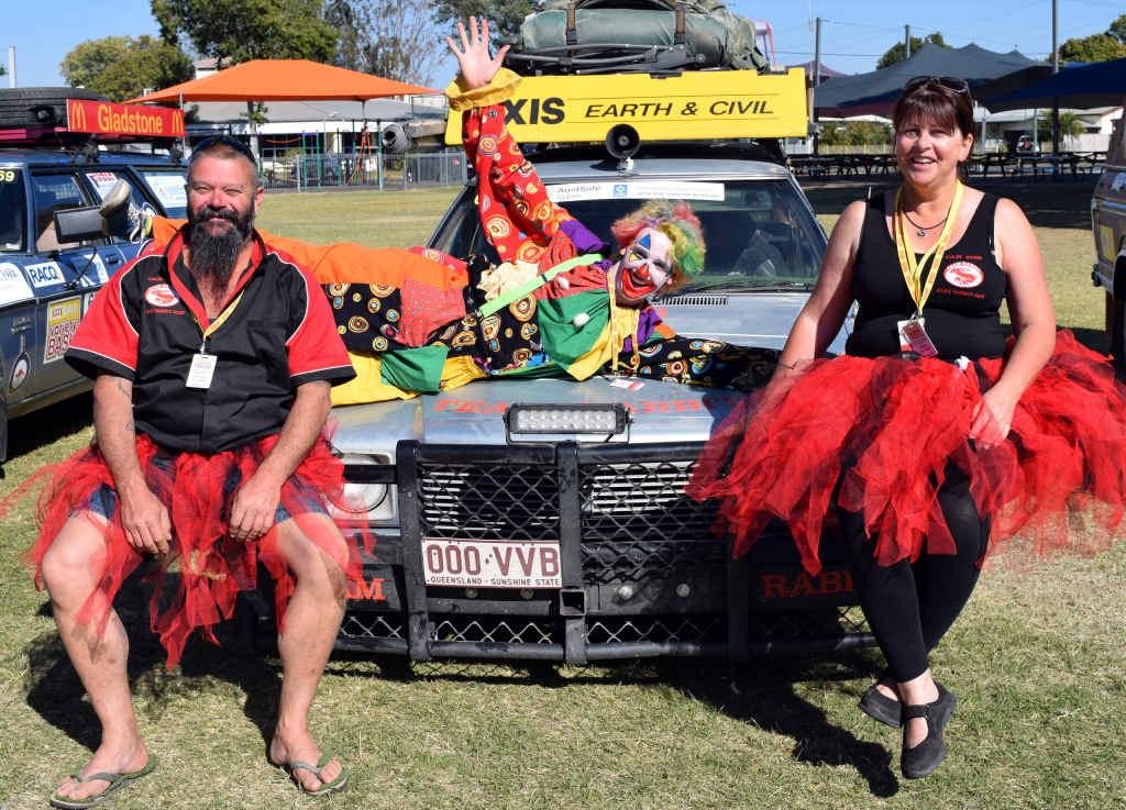 Team Rabbit's Aaron 'Simmo' Simpson and Teresa Teefy with Tickles the Clown.