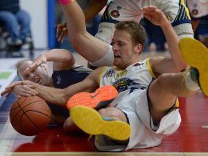Rockets v Gladstone basketball