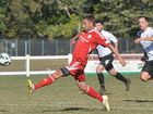 Wanderers fend off Magpies