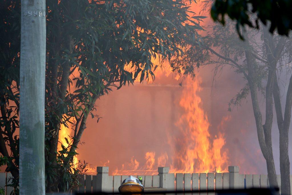 House fire in Sturt St, Leichhardt. Photo credit: Robert McKendrick. Photo Contributed