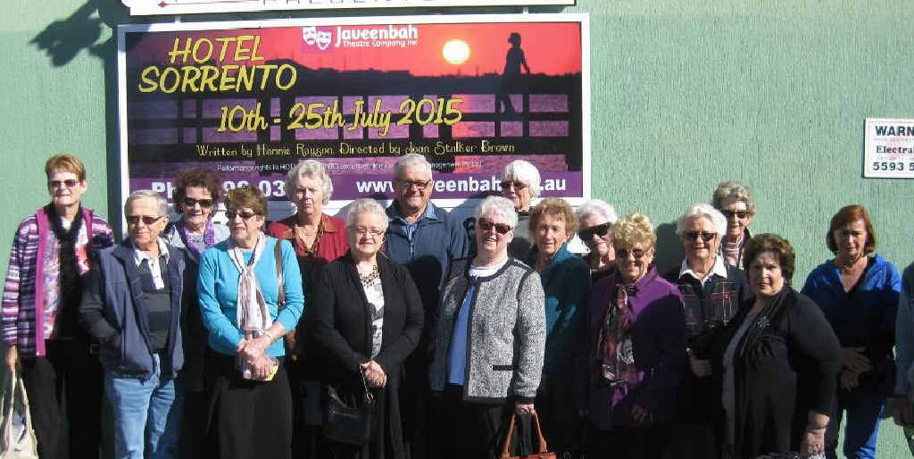 Helensvale Probus members enjoyed a day at the theatre.
