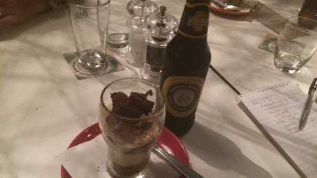 A funky take on an Italian classic dessert, beeramisu uses Coopers Dark Ale to flavour the savoiardi rather than a liqueur. It was served with Coopers Best Extra Stout.